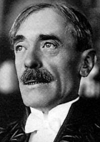 Portrait de Paul VALÉRY